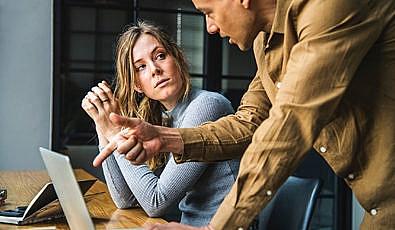 İş Arkadaşlarınla Yaşadığın Sorunu Çözmenin 8 Yolu