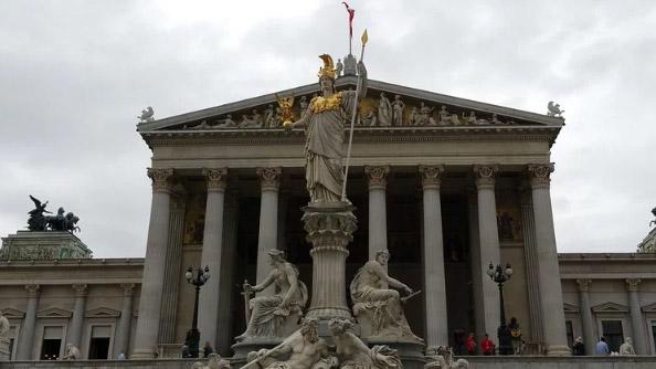 Avusturya Parlamento Binası - Austrian Parliament Building