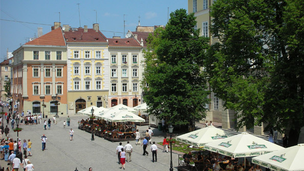 Rynok Square (Pazar Meydanı)