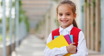 Okula dönen çocuk