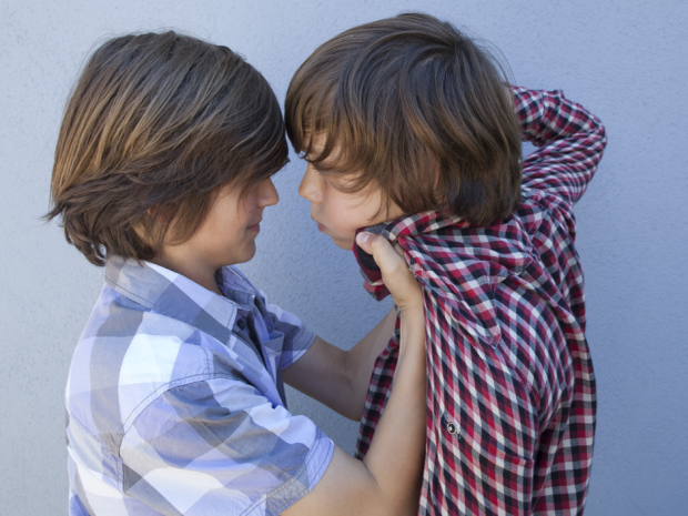 Local Input~  // **FOR NATIONAL POST USE ONLY - NO POSTMEDIA**   UNDATED --   kids children fighting bullying punching   CREDIT: FOTOLIA (FOR NATIONAL POST USE ONLY)/pws