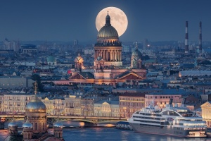saint-petersburg_russia-2-300x0